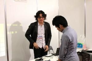 下鶴さんの「ポケット内の物体形状認識によるライフログシステム」 寺田先生によりわかりやすく解説されました。